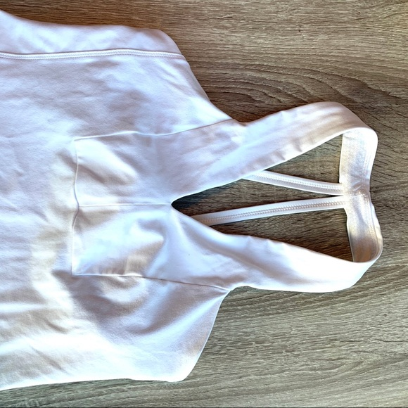 Lululemon white workout top